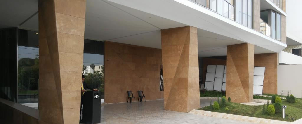 <span>Color:</span> Chocolate Cross Cut 